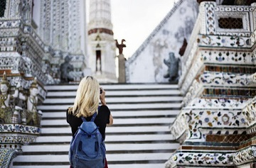 9 Travel Safety Tips For Women